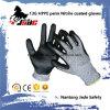 Перчатка безопасности, ранг 3 уровня перчатки ровного Coated отрезока нитрила безопасности 13G Hppe упорная