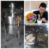 Modulación frita de la salsa de la goma de los tallarines que hace la máquina