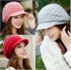 Las señoras de la manera de la alta calidad hicieron punto el casquillo del sombrero del invierno de la gorrita tejida