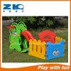 Скольжение медведя малышей спортивной площадки детей крытое с комплектом бассеина шарика