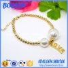 Дешевый браслет шарика сплава олова золота с изготовленный на заказ шармом влюбленности
