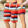 인쇄된 Stripped Couple Beach 또는 Board Shorts