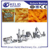 Cheetos industrial completamente automático que hace la máquina
