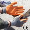 Перчатка безопасности руки латекса Crinkle раковины полиэфира Nmsafety 13G покрытая