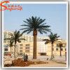 Grande palmeira artificial decorativa ao ar livre da data