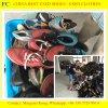 كبيرة حجم رجل رياضة يستعمل أحذية لأنّ إفريقيا سوق