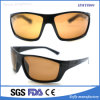 La promozione polarizzata sport dell'OEM di Xiamen mette in mostra gli occhiali da sole con la certificazione della FDA del Ce