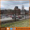Disegno d'acciaio moderno dei cancelli e di recinzione