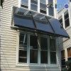 L'energia salva i pannelli termici solari del collettore del riscaldamento ad acqua calda