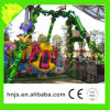 O parque de diversões monta o mini passeio do pêndulo para a venda