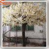 Arbre artificiel blanc de fleur de cerise de fibre de verre à la maison de décor