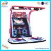 Máquina de jogo a fichas nova da dança do divertimento de Sega da arcada 2014