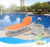Strand-Swimmingpool-im Freiennichtstuer-Stuhl-Weidenrattansun-Nichtstuer-Rattansun-Bett T525
