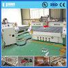 Preiswerter Preis 3D CNC-Ausschnitt-Stich, der hölzerne Fräser-Maschine schnitzt