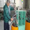 Mangueira dobro do metal flexível do fechamento que faz a máquina