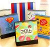 Calendarios de escritorio del regalo del Año Nuevo