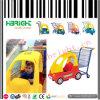 Supermarkt-Kind-kaufenlaufkatze scherzt Karre