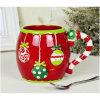 ブートの形のクリスマスの陶磁器のマグ