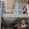 Buhardilla de la estructura de acero del estante del almacenaje del almacén