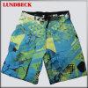 Shorts coloridos da praia para o desgaste de homens