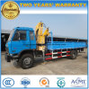 Le camion de charge de cargaison de roues de Dongfeng 6 a monté avec 5 tonnes pliant la grue de bras