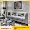 Sofá cinzento do sofá da tela do pé de madeira