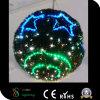 屋外のクリスマスのモチーフの花輪LEDの球ライト