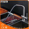 Robinet à levier unique de bassin de cuisine d'acier inoxydable