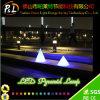 Éclairage décoratif lumineux rougeoyant de pyramide de LED