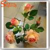 人工的な結婚式の装飾的な実質の接触絹のローズの花
