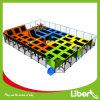 Zona dell'interno usata all'ingrosso del trampolino dei bambini di Liben