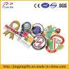 Förderndes kundenspezifisches Metalldecklack-Abzeichen der Form-2016, Pin-Abzeichen