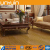 Il vinile di legno d'imitazione di qualità copre di tegoli la pavimentazione del PVC