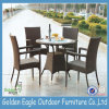 Outdoor clássico Rattan Dining Set com 4 Armed Chairs