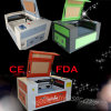 Grabador rotatorio 50With60W del laser de China Sunylaser para los materiales redondos