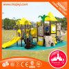 Gefäß schiebt Kind-im Freienspielplatz-Spielzeug