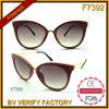 Óculos de sol Custom Designed elegantes da forma do estilo das mulheres da visão da cidade F7392