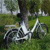 يطوي دراجة كهربائيّة مع [لد] ضوء ([رسب-636])