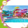 La piscine à la maison de fibre de verre glisse pour le pool privé