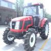 Il trattore agricolo di grande coppia di torsione, Quattro-Rotelle guida il trattore diesel