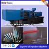 Medizinische waagerecht ausgerichtete Plastikpipette, die Maschine herstellt