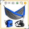 Permet des hamacs portatifs pour parachute avec des cordes et des carabiniers suspendus