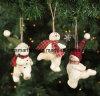 De poly Decoratie van de Sneeuwman van de Steen, de Hangende Gift van Kerstmis