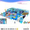 Campo da giuoco dell'interno della struttura di tema dell'oceano per i giocattoli dell'interno