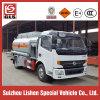 4X2 Dongfeng 6000L tankt de Bijtankende Vrachtwagen van de Tankwagen bij