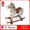 Novo cavalo de madeira de desenho com rodas para crianças
