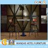 現代金属の鉄棒表およびBarstoolの家具セット