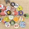 El botón barato de encargo al por mayor Badges alrededor de divisa en blanco