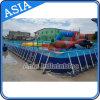Jeux populaires de l'eau sur la piscine amovible géante de bâti en métal