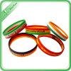 Wristbands poco costosi su ordinazione all'ingrosso del silicone di modo